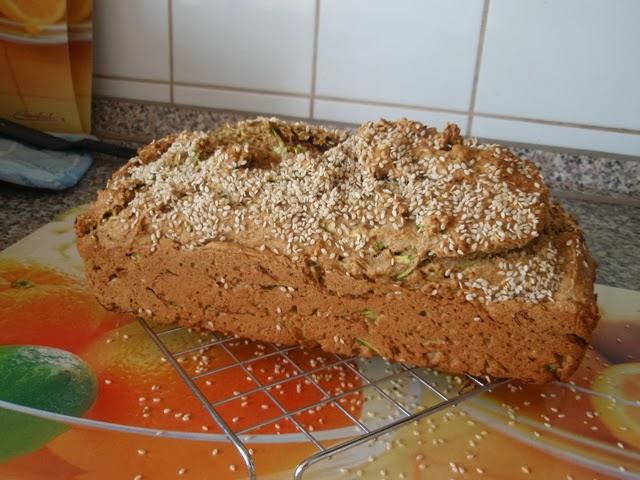 Brzi kruh s tikvicama i sezamom