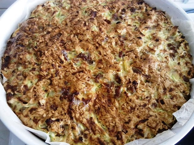 Potrgana mesna pita s integralnim korama