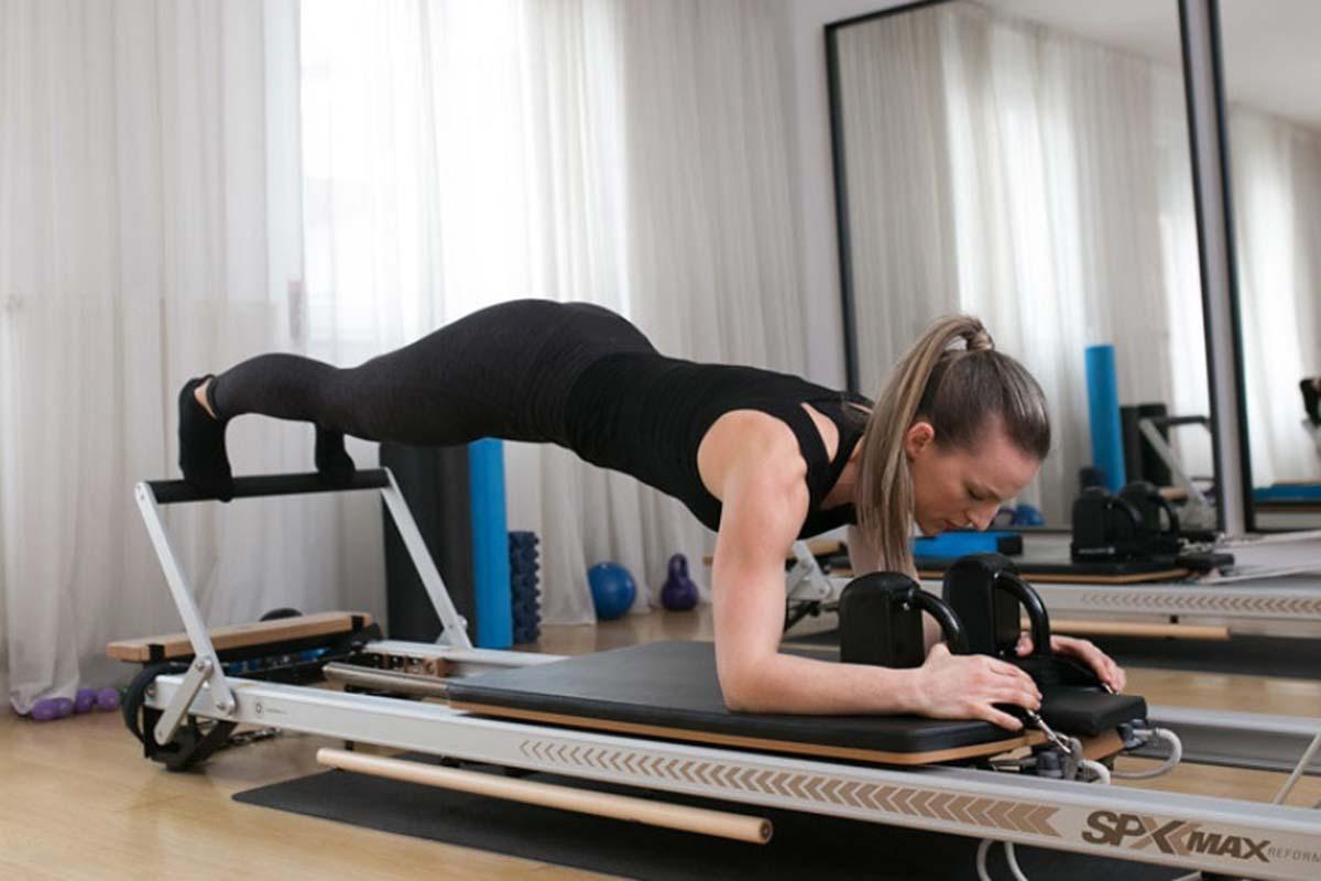 Figura_studio_salon_za_masazu_Zagreb_anticelulitna_masaza_sportska-ozljeda_pilates_reformer